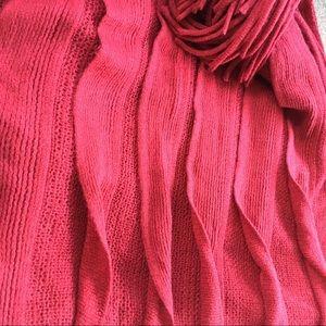 NWT soft shawl/wrap with unique pleats & fringe
